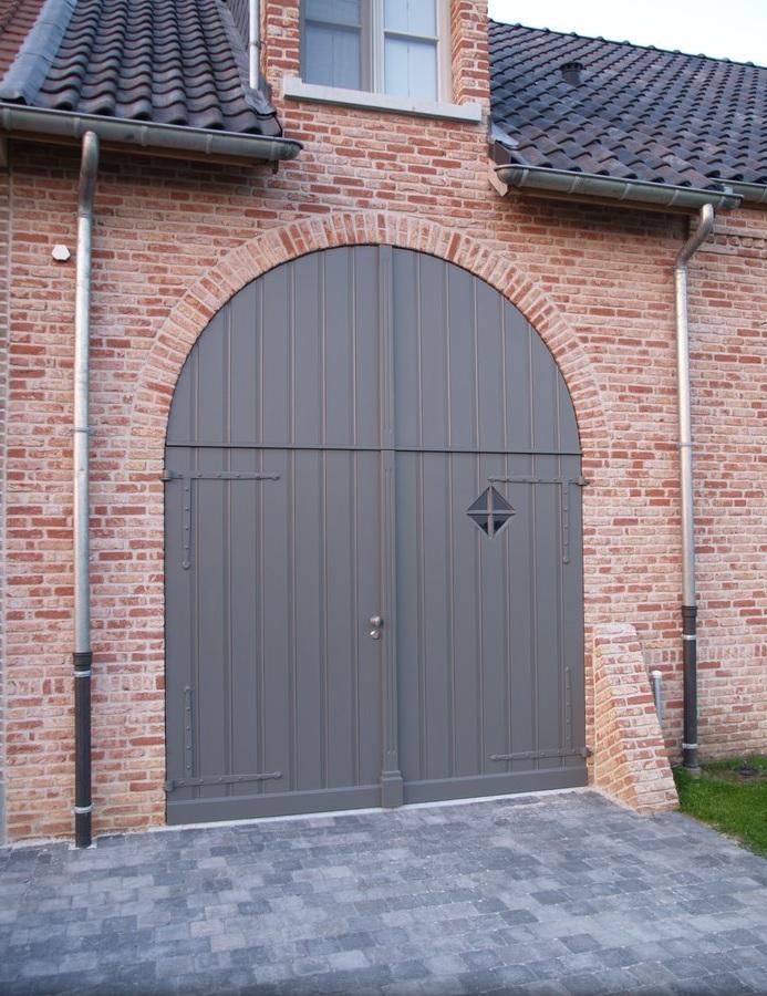 garagepoorten in pastoriestijl